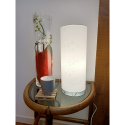 Colonne lumineuse blanche, diamètre 15cm et hauteur 36cm allumée